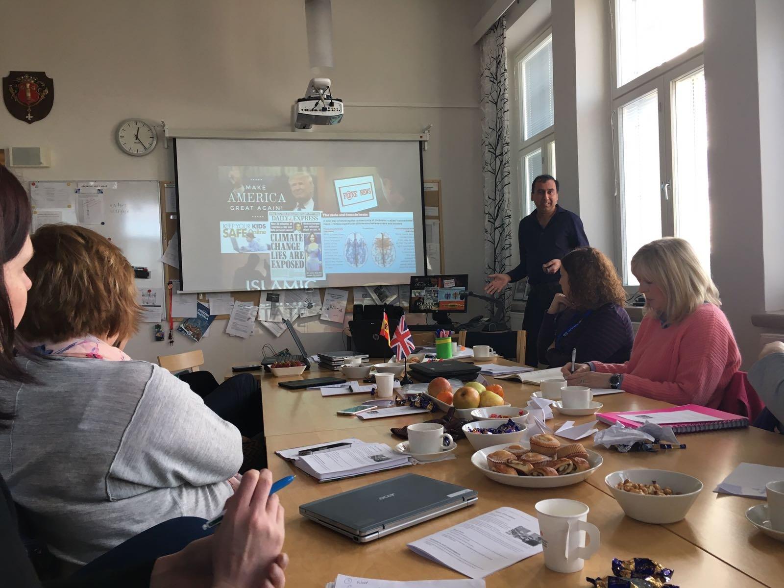 Jimmy in Vaasa, Finlandia, talking about Flipped learning